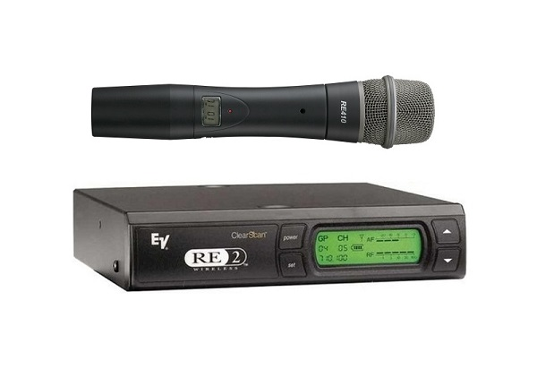 Rent EV RE2 Wireless Hand Held Mic £65.00 short term for exhibitions and shows in London Birmingham and UK